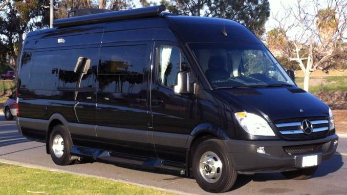 2013 EXT 3500 W Duallys For Sale In Cardiff CA